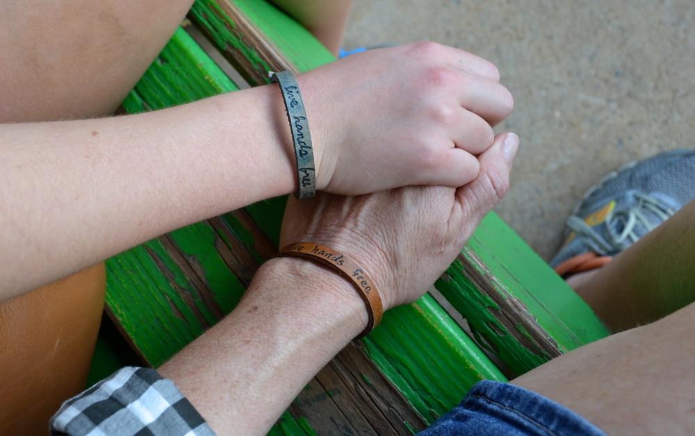как познакомиться с девочкой 11 лет